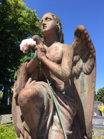 An angel in the Central Cemetery of Vienna. (Lori Erickson photo)