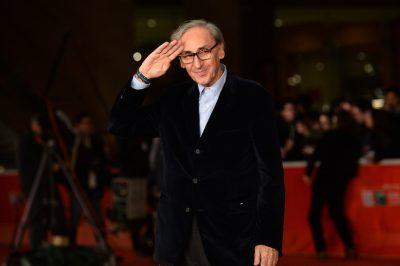 Franco Battiato è morto: il mondo della musica piange un Maestro. Aveva 76 anni.