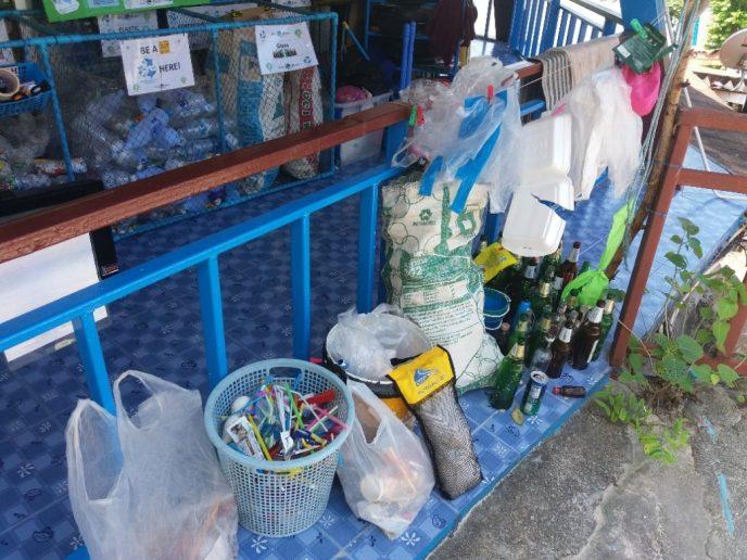 Recycle Station bij de duikschool op Phi Phi