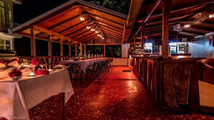 Dinner on the rooftop during your diving holiday on Rasdhoo Island