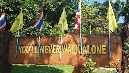 You never walk alone op Koh Lanta eiland