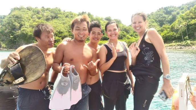 fun during our Apo Island trip with Harolds Dive Center