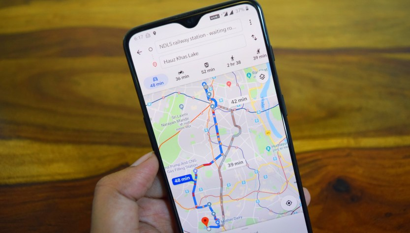 Google map is updated with on-screen speedometer