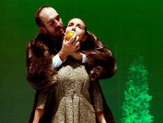 Il segreto di Natale ritmi serrati al teatro San Nicolò di Spoleto