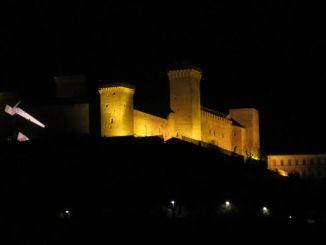 Light in the Stone a Spoleto, ultimi giorni per visitare l'opera alla Rocca Albornoz