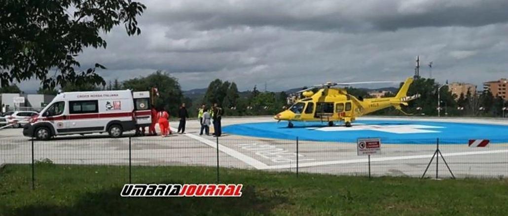 In rianimazione motociclista di 43 anni, incidente stradale al motoraduno di Spoleto