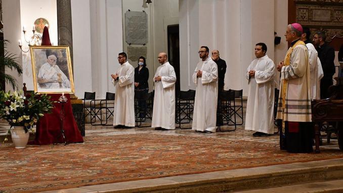 Furto reliquia San Giovanni Paolo II veglia di preghiera a Spoleto