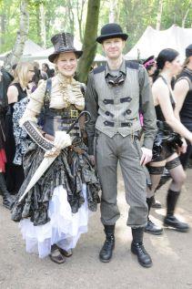 Steampunks gibt es auch als Paar