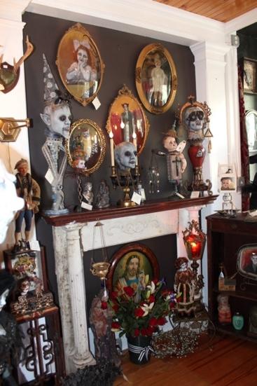 The Creeper Gallery. Via Church of Halloween