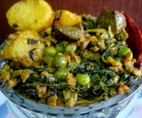 how to cook aloo methi