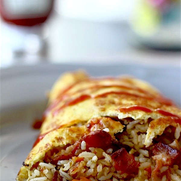 Bacon Omurice (Japanese Omelette Rice) | SpoonfulOfButter.com