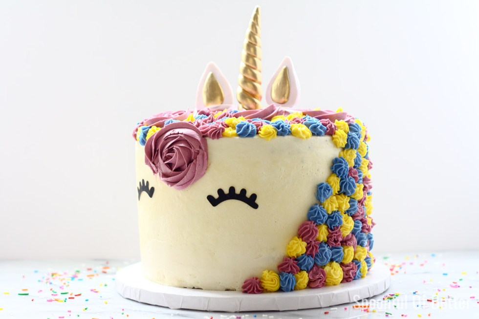 DIY Birthday Unicorn Cake 3