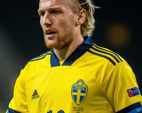 Who wears number  for your country?   Sweden star Emil Forsberg this season = ...