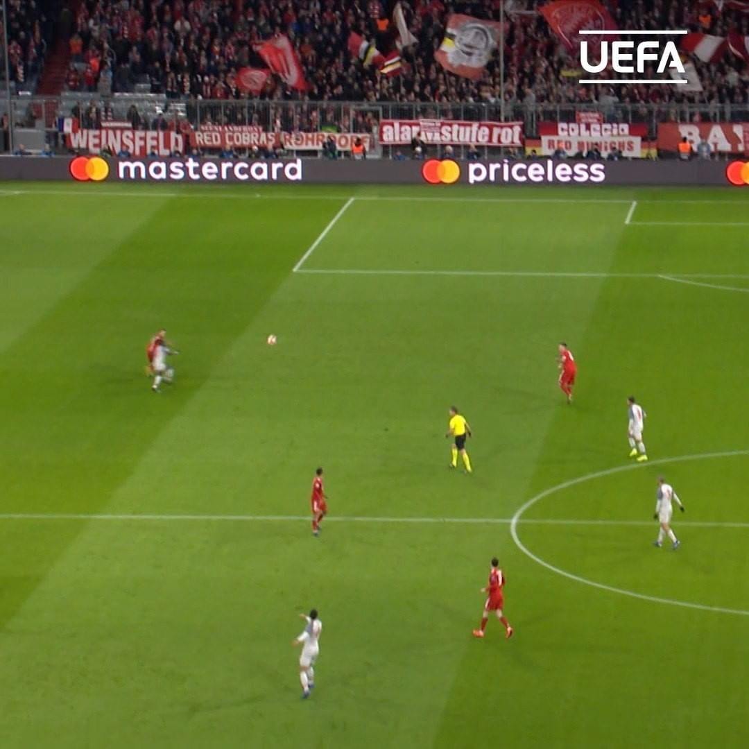 THIS pass = _________   Liverpool completed the signing of Virgil van Dijk  in 2...