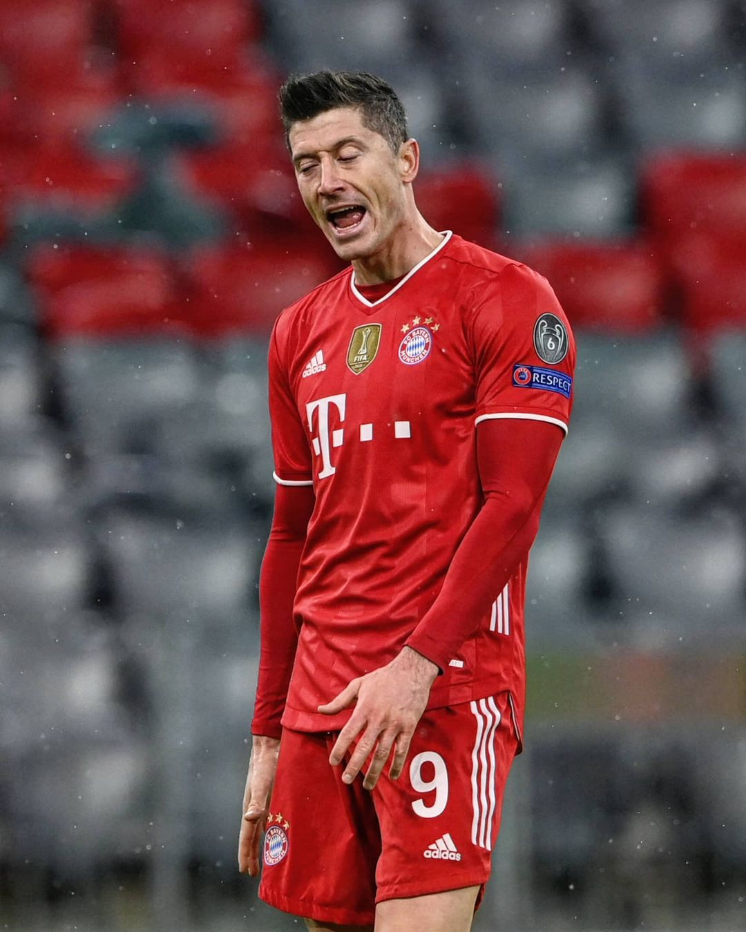 Lewandowski will be out for around 4 weeks with a knee injury. Who will step up?...