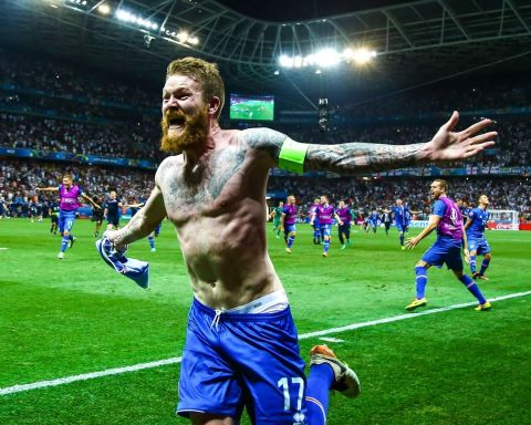 Describe Iceland's EURO 2016 journey with an emoji!...
