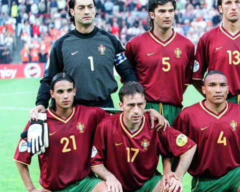 How many can you name from this Portugal XI?   ...