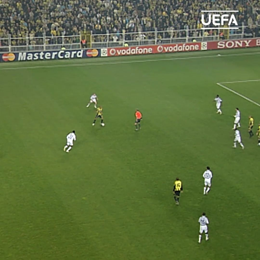 Powerful shots! Which effort is your favourite?  1& Deivid 2& Cenk Tosun 3& Gheo...
