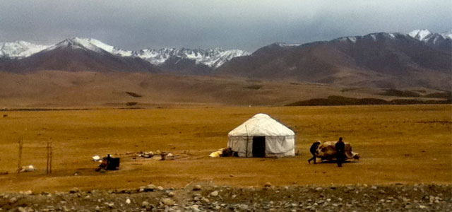 kyrgyzstan-yurt