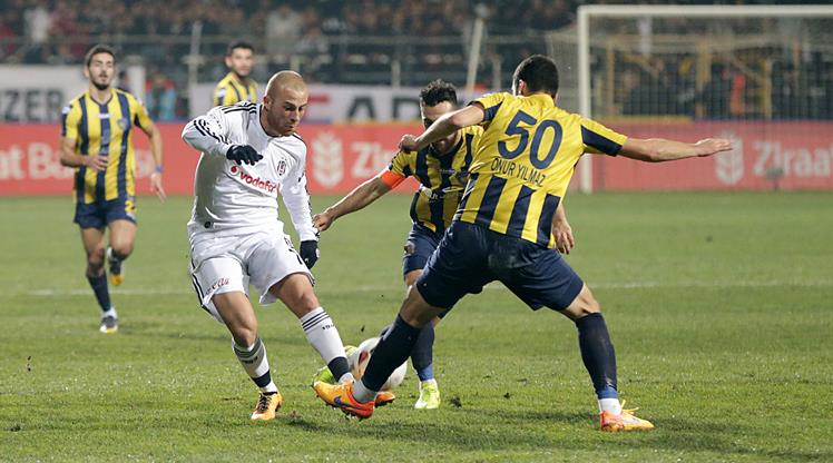 Beşiktaş deplasmanda turladı