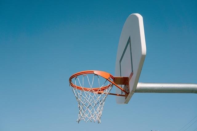 Kamener Basketballer müssen noch um die Bezirksliga bangen