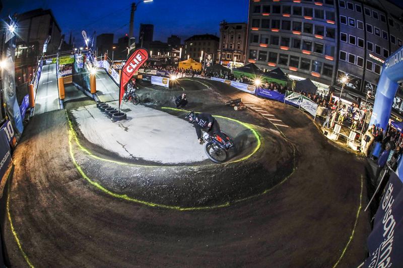 65.000 Besucher feiern die Vielseitigkeit der E-Mobilität am Wochenende in Dortmund
