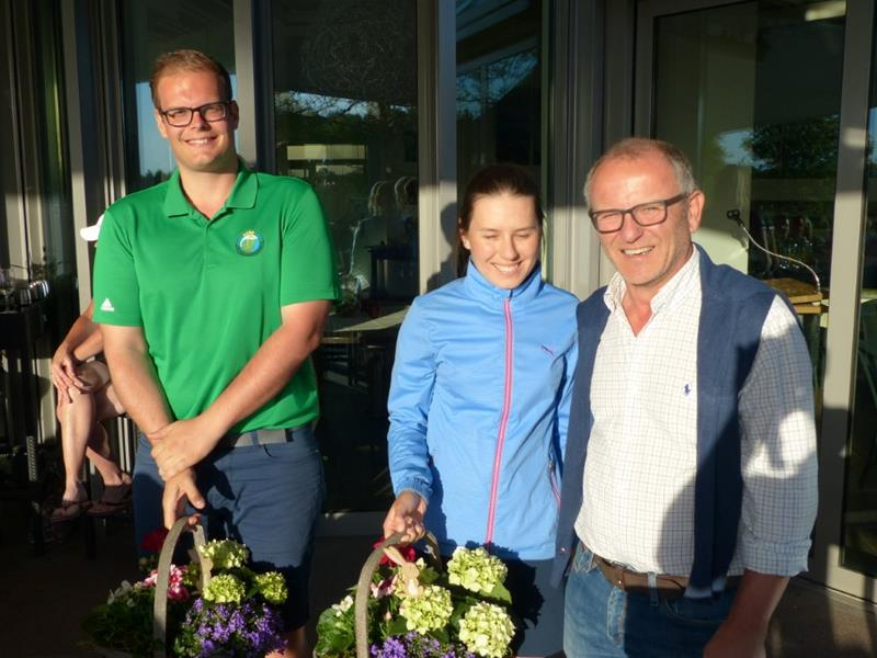 Saisoneröffnung im Golf Club Unna-Fröndenberg