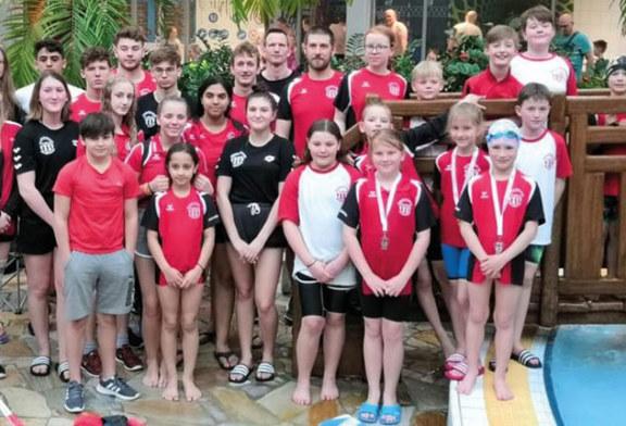 Wasserfreunde TuRa Bergkamen holen 2. Platz in der Mannschaftswertung beim Aquamagis Cup in Plettenberg