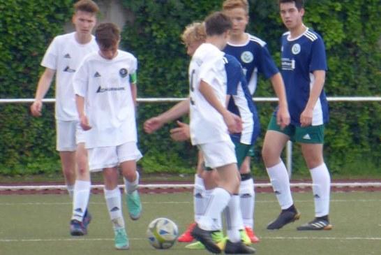 Overberger A-Junioren starten erfolgreich in die Bezirksliga-Aufstiegsrunde