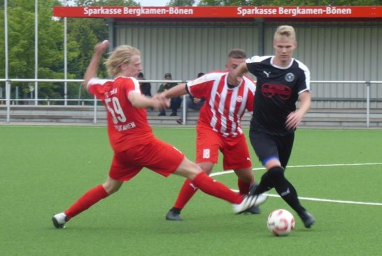 Fußball-Testspiele: Bezirksligisten setzen sich durch