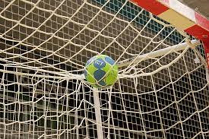 Handball-Kreisliga: SCE Heessen stürzt VfL Kamen II von der Tabellenspitze