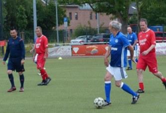 FLVW-Sportkurse haben auch ein Angebot für Walking Football – alle 14 Tage donnerstags um 17:30 Uhr