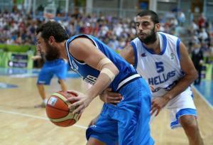 Eurobasket 2013: Yannis Bourousis e Marco Belinelli (photo Thanassis Stavrakis)