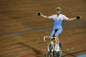 Campionati Europei pista 2013 - Corsa a punti - Elia Viviani (foto Bettini)