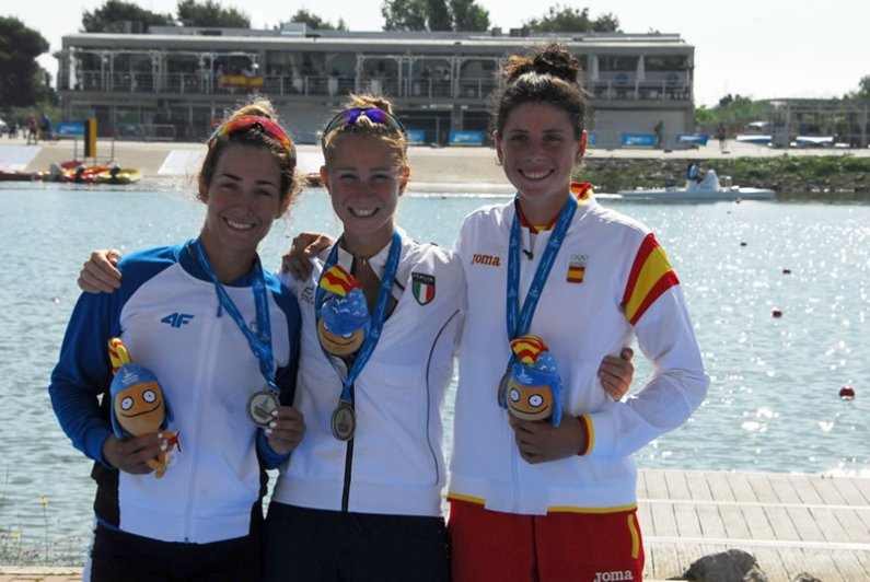 Giochi del Mediterraneo 2018: dominio nel canottaggio e nel ciclismo