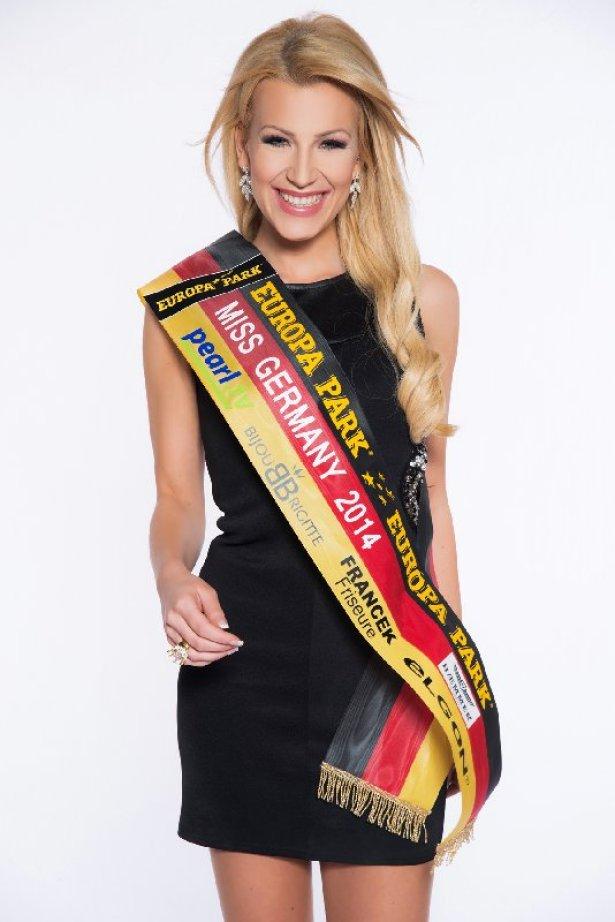 DHB-Pokalfinale: Miss Germany 2014 - Vivien Konca - Foto: DKB Handball-Bundesliga, www.missgermany.de