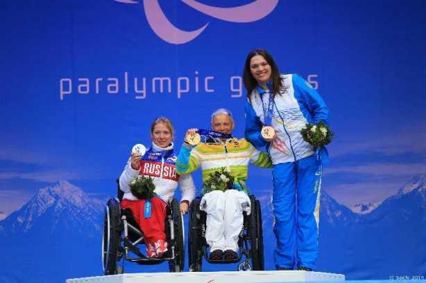 Sotchi 2014 Paralympics: Svetlana KONOVALOVA (RUS), Andrea ESKAU (GER), Olena IURKOVSKA (UKR) bei der Siegerehrung Biathlon 6 km sitzend - Foto: Sochi 2014 Paralympic Winter Games