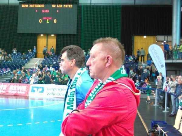 """Heiner Brand und Michael Biegler coachten das """"Team Kretzsche"""" beim """"Prolog-Spiel"""" am 10. Mai 2014 in der Arena Leipzig - Foto: SPORT4Final"""