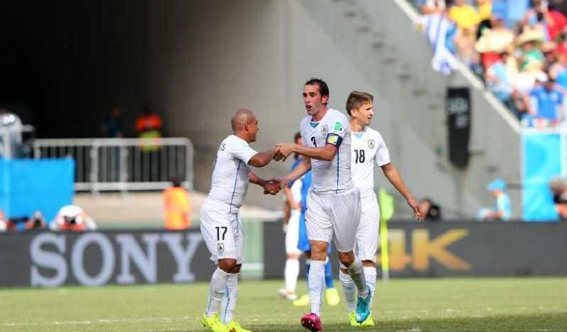 FIFA WM 2014: Im schwachen Nervenkitzel-Duell zweier Ex-Weltmeister sorgt Uruguay mit 1:0 für Italiens WM-Aus 8