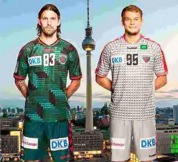 Handball: Fredrik Petersen und Paul Drux - Füchse Berlin mit neuen Trikots für Saison 2015/2016 - Foto: Füchse Berlin