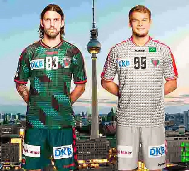 Fredrik Petersen und Paul Drux - Füchse Berlin mit neuen Handball-Trikots für Saison 2015/2016 - Foto: Füchse Berlin