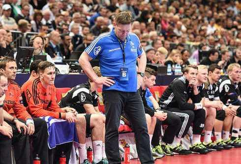 Handball Velux EHF Final4 Champions League 2015 May 31th Cologne/Germany 3rd Place - KS Vive Tauron Kielce vs. THW Kiel - Foto: Fabian Bimmer/EHF