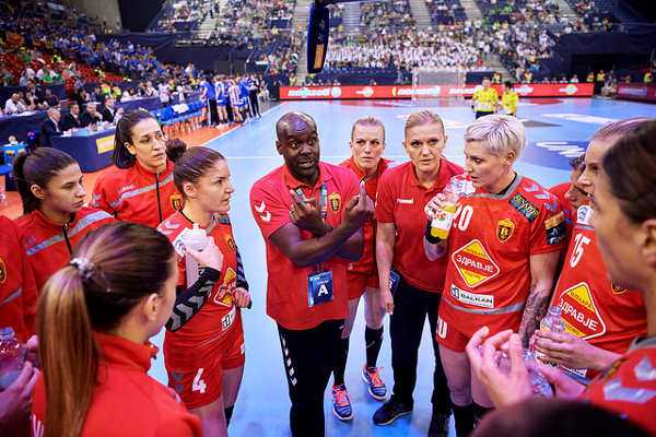 Handball EHF Champions League Final4: Vardar mit Bronze gegen Buducnost - WOMEN`S Handball EHF Champions League 2015/16 Final 4 - HC Vardar vs Buducnost - Papp László Sportaréna, Budapest, Hungaria - © 2016 EHF / Marcel Lämmerhirt