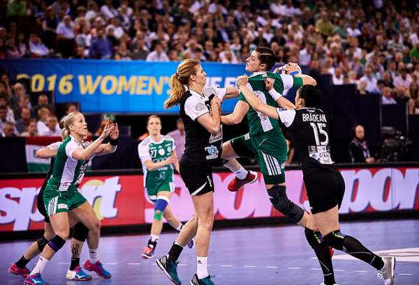 Handball EHF Champions League Final4: CSM Bukarest sensationeller Thriller-Champion gegen Győri Audi ETO KC - WOMEN`S Handball EHF Champions League 2015/16 - Women's FINAL4 Gold medal match – Foto: EHF Media