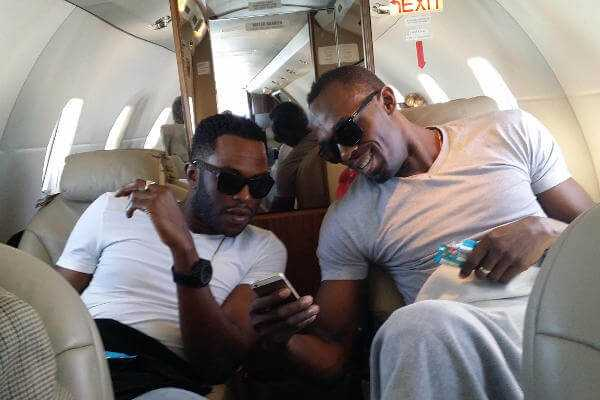 NJ Walker, Bolts Executive Manager und bester Freund seit er 6 Jahre alt war und Usain Bolt - Foto: BBC World News