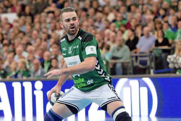 Alen Milosevic - SC DHfK Leipzig im Benchmark-Match bei Vereins-Weltmeister Füchse Berlin - Foto: Karsten Mann