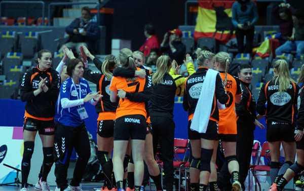 Niederlande nach Spanien-Erfolg - Handball EM 2016: Deutschland um Platz fünf und Klasse-Halbfinals - Foto: Peter Jansen