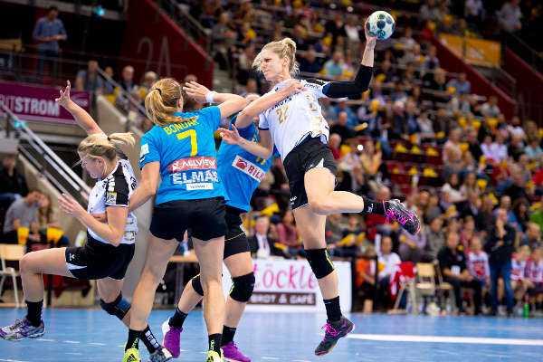 SG BBM Bietigheim verlängerte mit Weltklasse-Spielerin Susann Müller und Kapitänin Nina Müller 8