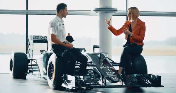 CNN Formel 1: Amanda Davies und McLaren-Newcomer Stoffel Vandoorne - Quelle: CNN International The Circuit