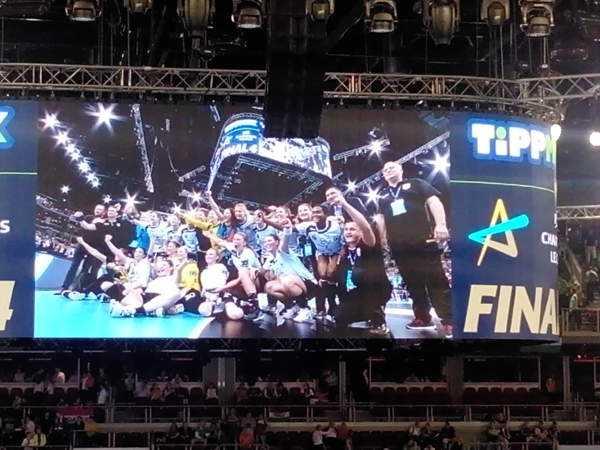 """Handball EHF Champions League Final4: CSM Bukarest mit Bronze vor Buducnost. """"Bella"""" Gullden """"Matchplayer"""" 74"""